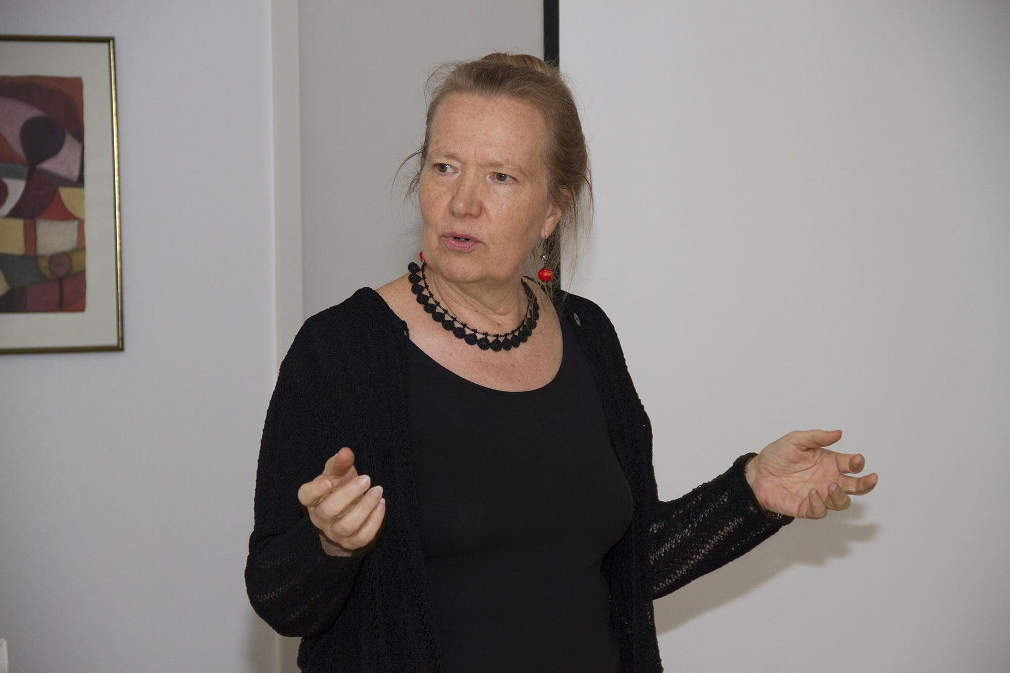 Dr. med. Elisabeth Schmölz, Psychiaterin und Psychotherapeutin