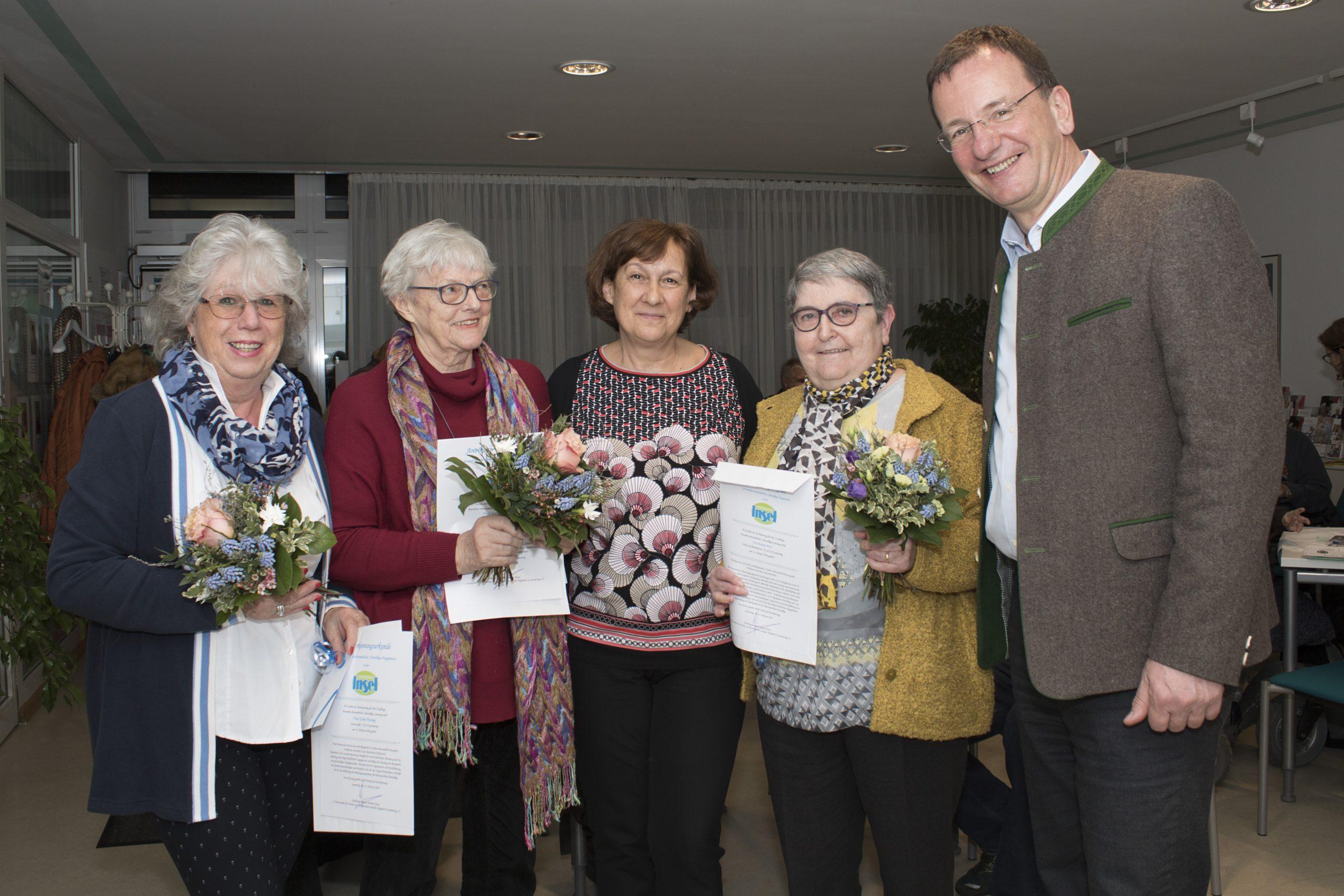 Ehrungen bei der Mitgliederversammlung des Vereins zur Koordination sozialer Aufgaben in Germering e.V.