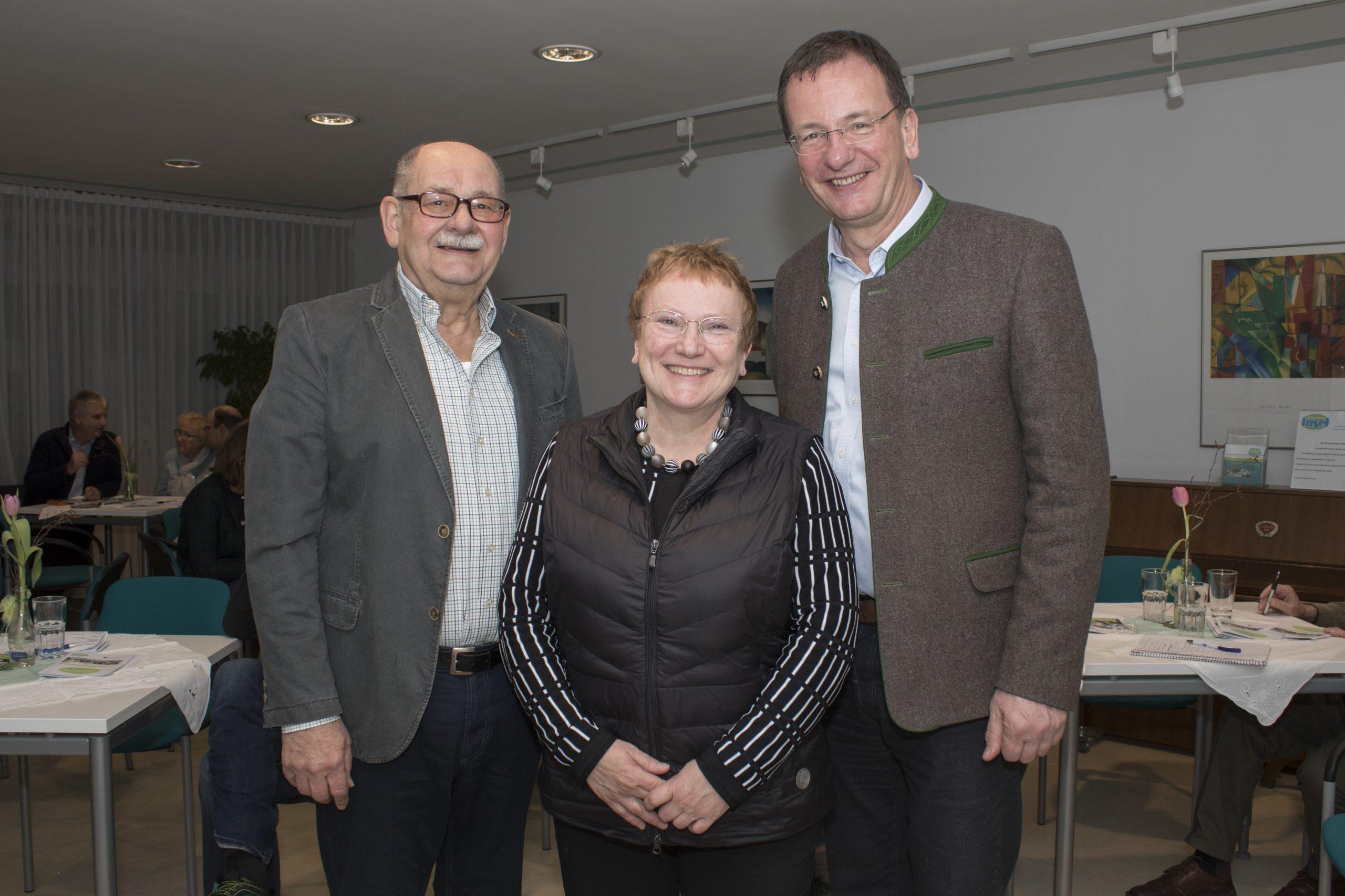 Harald Müller (3. Vorsitzender), Sabine Brügel-Fritzen (2. Vorsitzende), Oberbürgermeister Andreas Haas (1. Vorsitzender)