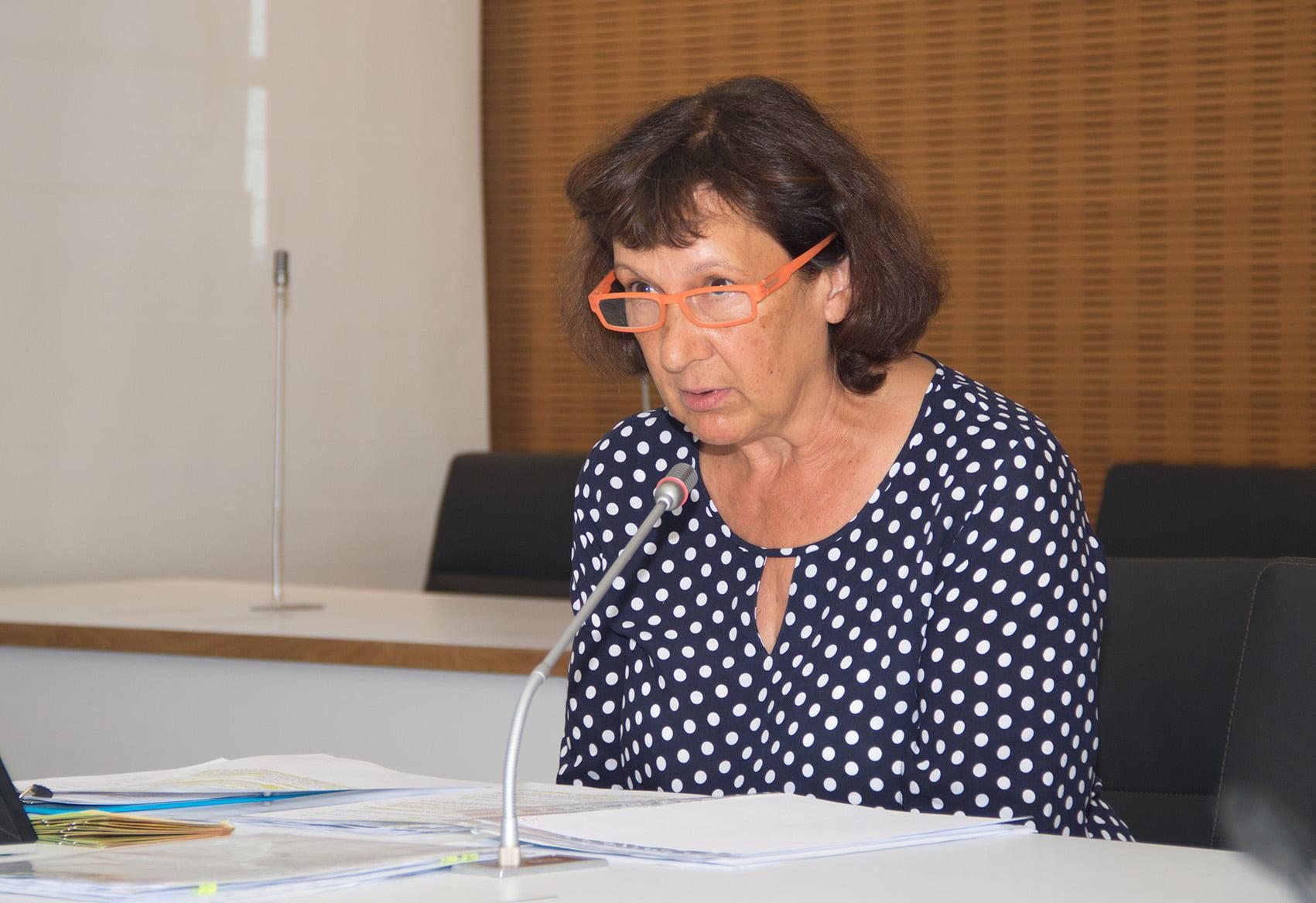 Anita Schindler, Leiterin der Germeringer Insel
